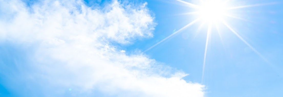 Summer sun in the sky How the Summer Can Exacerbate Rashes