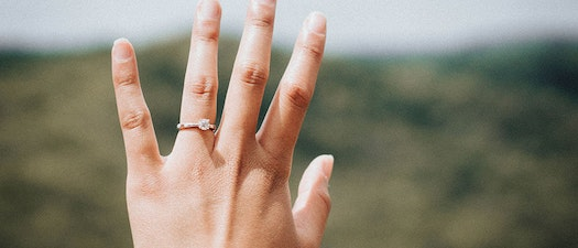 What Your Nail Shape Says About Your Health and How to Treat It