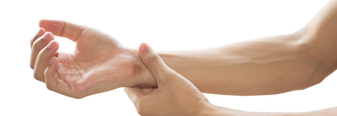 Irritation on a person's wrist Common Cysts: Symptoms and Treatment