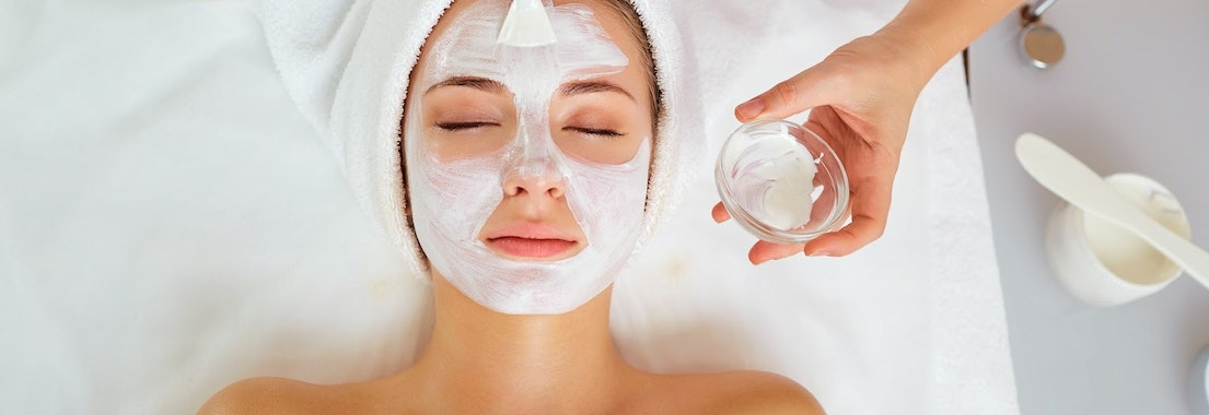 Woman having a facial treatment De-stress Pre-holiday with These Facials That Allow You to Relax