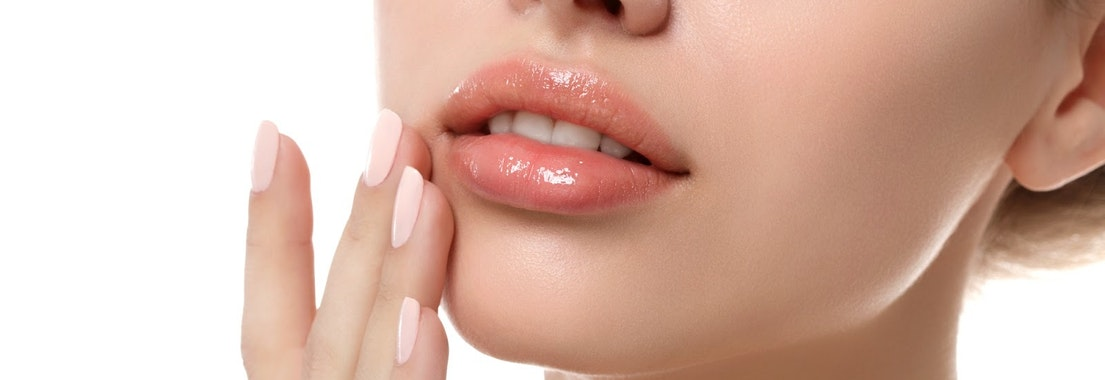 Try Lip Enhancement for the Perfect Summer Selfies