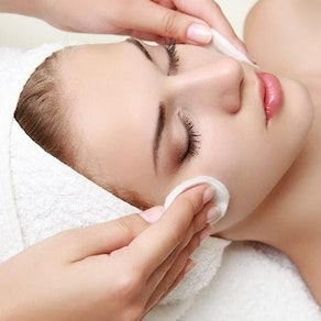 Is My Skin Right for a Chemical Peel?