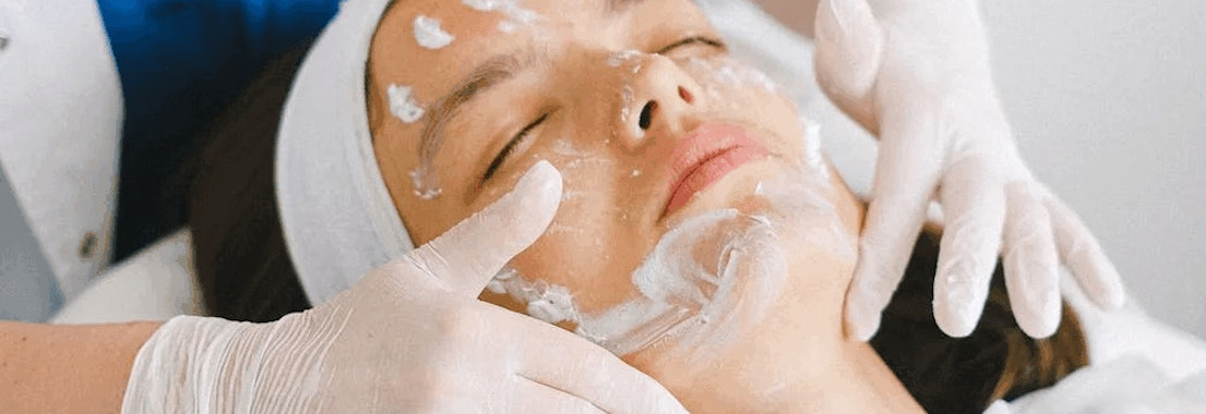 Woman having anti-aging skin treatment Top Dermatologist-Recommended Anti-Aging Treatments