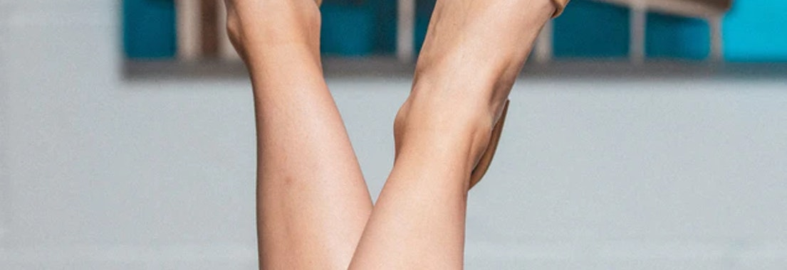 Woman's legs after hair removal Why a Body Hair Removal Treatment Is Just What You Need This Spring
