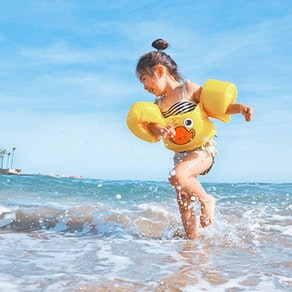 Kids and the Sun: How to Protect Your Little Ones This Year