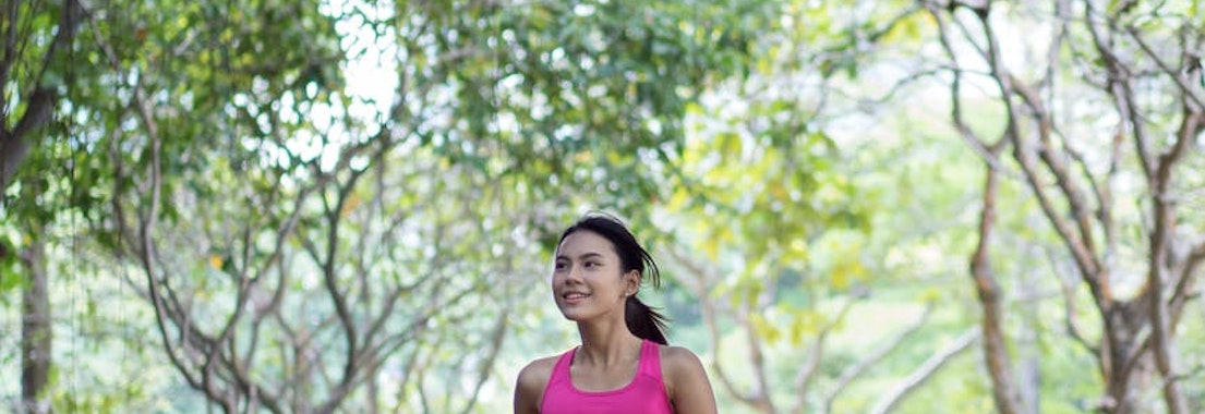 Woman on a jog How to Deal with Rashes from Exercise