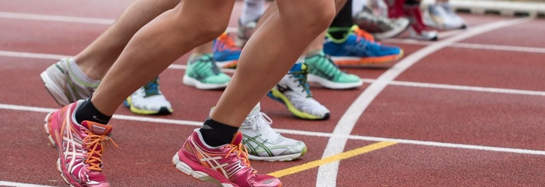 Group of runners in a race How Athletes Are Susceptible to Warts