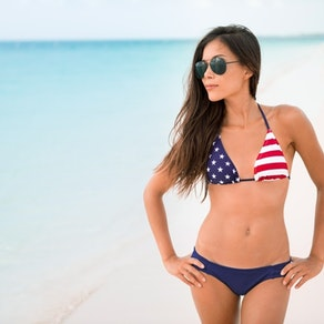 How to Get the Perfect Glow for Independence Day Without Hurting Your Skin