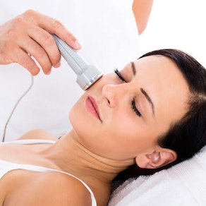 Laser Therapy and Intense Pulsed Light (IPL): What's the Difference?